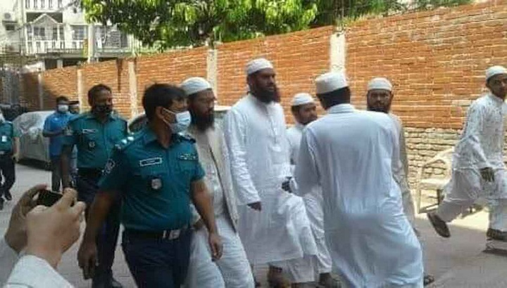 Hefazat leader Mamunul Haque arrested.jpg
